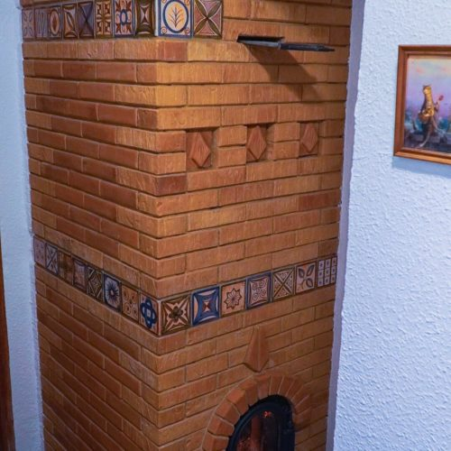 Испания – Отопительная печь с подогреваемой лежанкой